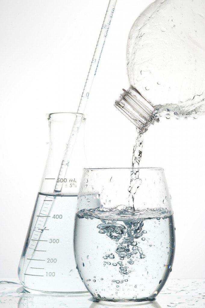 shutterstock_29379991 Drinking Water